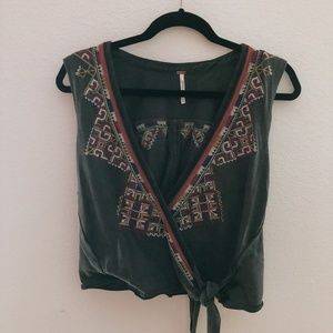 Free People Ethnic Pattern Wrap Short Sleeved